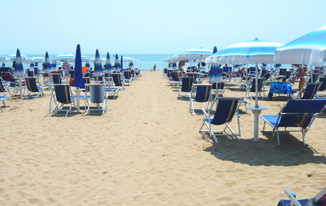 1236997044-jesolo-spiaggia